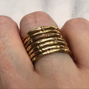 Jewelry - Gold tone ring stack Sz 8